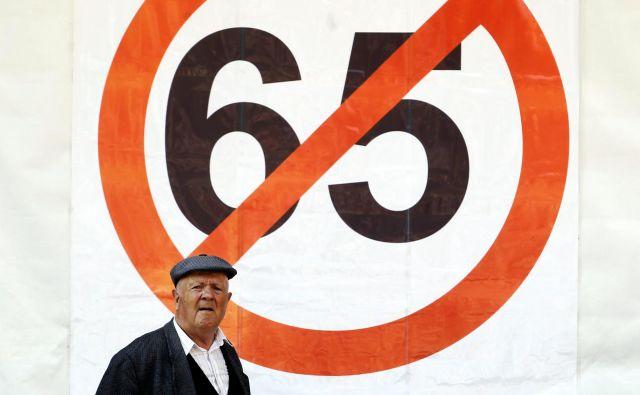 Tako imenovana seniorska olajšava za osebe po 65. letu je zadnjič veljala pri odmeri dohodnine za leto 2013. Foto Matej Družnik