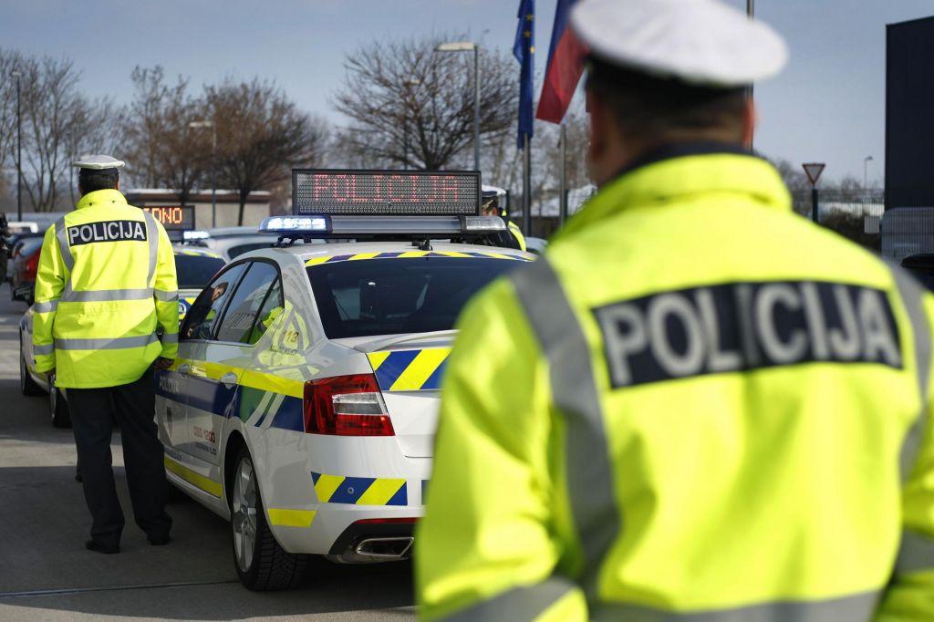 Nesreča pri Medvodah usodna za voznika