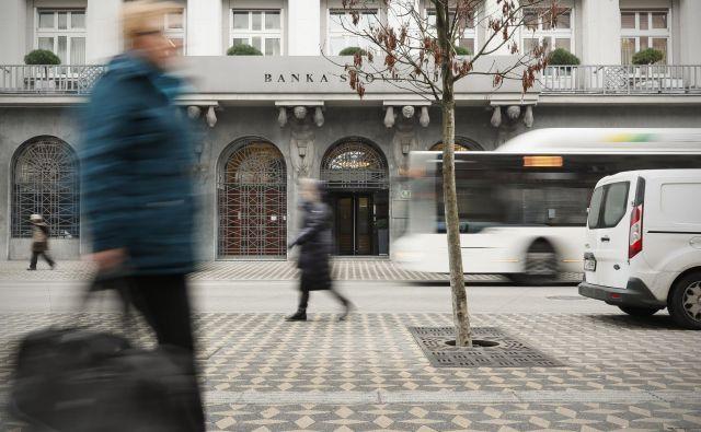 Banke bodo letos zaradi krize med ničelnim poslovnim rezultatom in možnimi velikimi izgubami, kaže analiza Banke Slovenije. Foto Uroš Hočevar