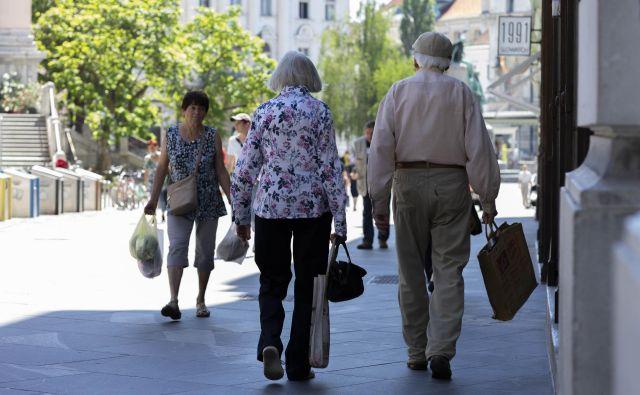 Dejavno staranje je dobro za telesno in duševno zdravje, zato ga je treba politično spodbujati, saj zmanjšuje stroške zdravstva in podaljšuje pričakovano zdravo življenje. FOTO: Vid Svetina