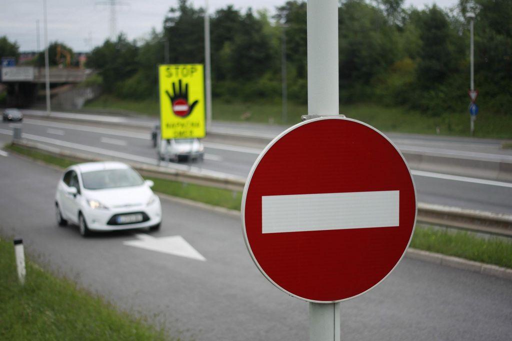 Huda prometna nesreča na dolenjski avtocesti