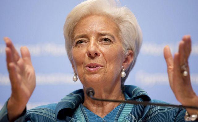 Zdaj je pravi čas, da posodobimo pravila pakta stabilnosti in rasti. Ne bi se smeli osredotočati le na razmerje med dolgom in BDP, ko ocenjujemo vzdržnost dolga, upoštevati bi morali tudi stopnje rasti in prevladujoče obrestne mere, je prepričana predsednica ECB Christine Lagarde. FOTO: Reuters