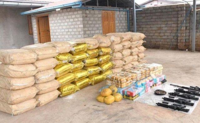 Burmanska policija je zasegla doslej največjo količino sintetičnih prepovedanih drog v JV Aziji. FOTO: Reuters