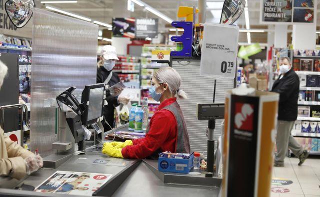 Delodajalec bo lahko odredil delo z najmanj polovični delovnim časom zaposlenemu, ki ima sklenjeno pogodbo o zaposlitvi za polni delovni čas. Foto Leon Vidic
