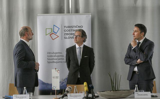 Z leve Iztok Altbauer, Fedja Pobegajlo in Gregor Jamnik FOTO: Blaž Samec/Delo