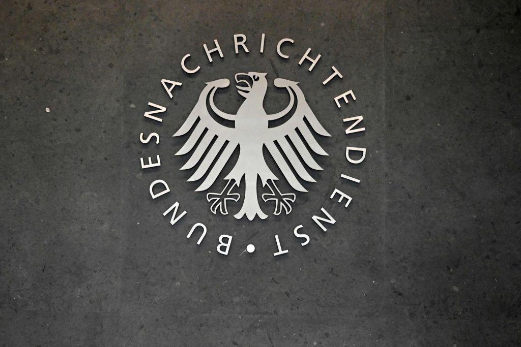 Nemški obveščevalci ne smejo množično vohuniti za tujci