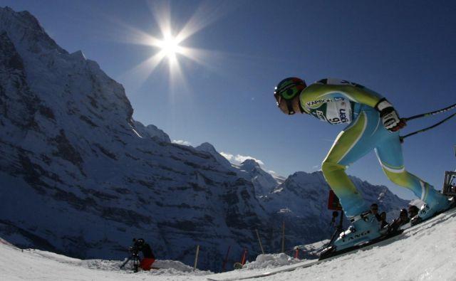 Ena od najznamenitejših alpskih smučarskih klasik za pokal »Lauberhoren« je pod vprašajem za prihodnjo sezono. FOTO: Reuters