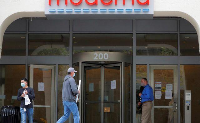 Biotehnološko podjetje Moderna Therapeutics je s podatki o uspešnem testiranju cepiva proti covidu-19 dalo delniškim trgom nov zagon.<br /> FOTO: Reuters