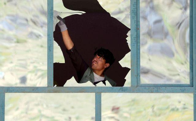 Od podpisa mirovnega sporazuma je bilo v Afganistanu ubitih 500 civilistov. Foto Reuters