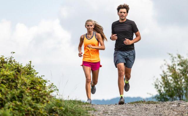 Trening v klanec je podobna obremenitev kot intervalni tek, zato je treba v treningu za ta tip vadbe rezervirati dan, ko je na programu intenzivnost. FOTO: Shutterstock