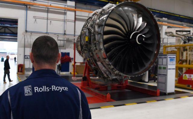 Odpuščanja bodo verjetno prizadela tudi zaposlene v Rolls-Royceovi tovarni letalskih motorjev v Derbyju v Veliki Britaniji, ki je na posnetku. FOTO: Pool New/Reuters