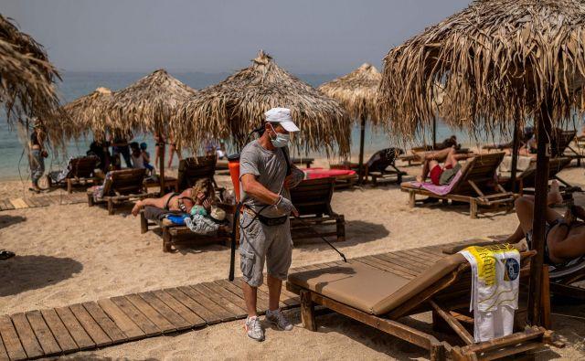 Države, v katerih je turizem steber gospodarstva, hitijo pri odpiranju vrat gostom. FOTO: AFP