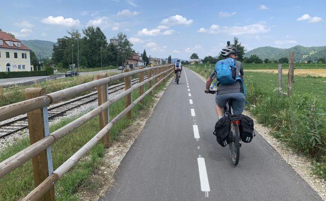 Direkcija za infrastrukturo je v Rušah (na fotografiji) zgradila večji odsek, na Muti pa varen podhod za kolesarje na Dravski kolesarski poti. Foto arhiv Zavoda za turizem Maribor-Pohorje