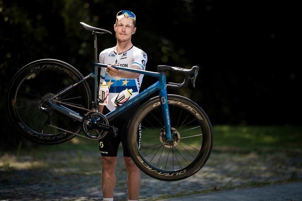 FOTO:Shujšati ali kupiti lažje kolo je še vedno dilema