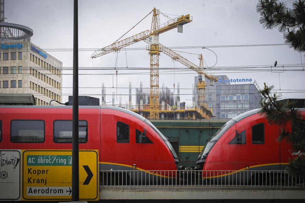 Dajmo prednost železnici