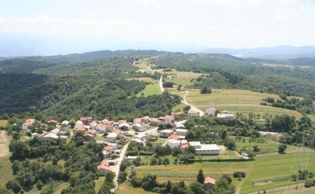 Idealno izhodišče za obisk Brkinov je Ilirska Bistrica.FOTO. Andraž, arhiv Polet