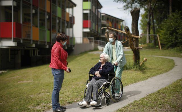 V vseh domovih za starostnike so zdaj že dovoljeni obiski.<br /> Foto Jure Eržen