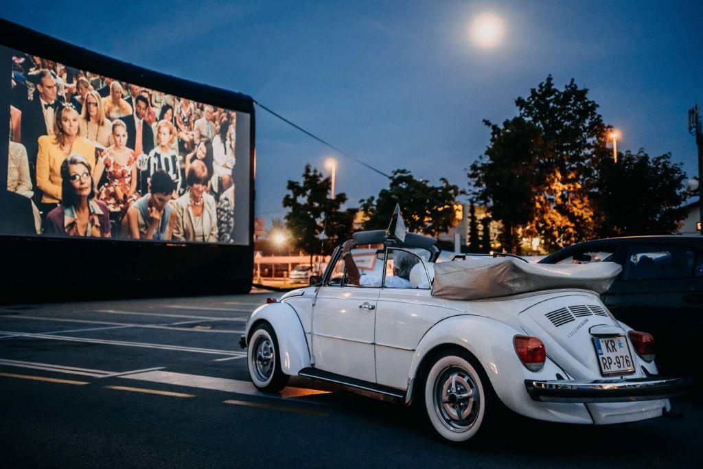 Kino po novem: V avtu, na prostem ... in v dvorani