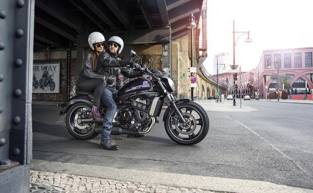 Motoristi sodijo med najbolj ranljive skupine udeležencev v cestnem prometu, zato bo Dars tudi letošnje leto organiziral brezplačno usposabljanje za voznike motornih koles. Foto Yamaha
