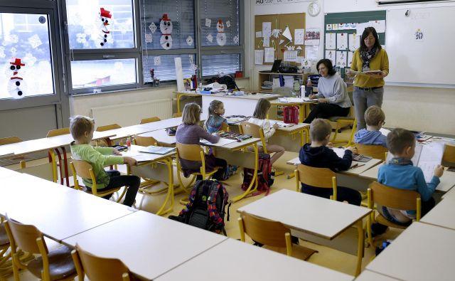 V šole se bodo kmalu lahko vrnili vsi, napoveduej Jelko Kacin. FOTO: Samec Blaž/Delo