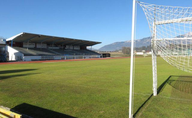 Kranjski stadion bo v prihodnjem času brez nogometa. FOTO: Blaž Račič