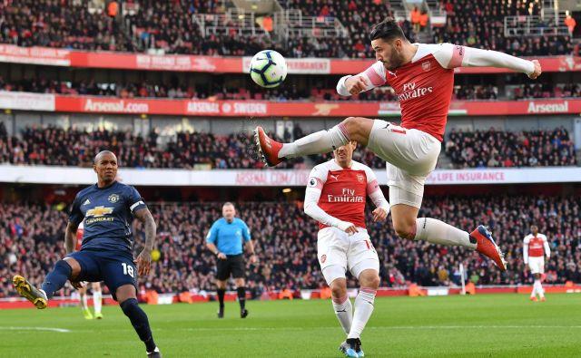 Arsenalov Nemec Sead Kolašinac si je v Angliji že prislužil vzdevek bošnjaškega Hulka, zdaj bo bržkone prejela svojega tudi njegova soproga Bella. FOTO: AFP