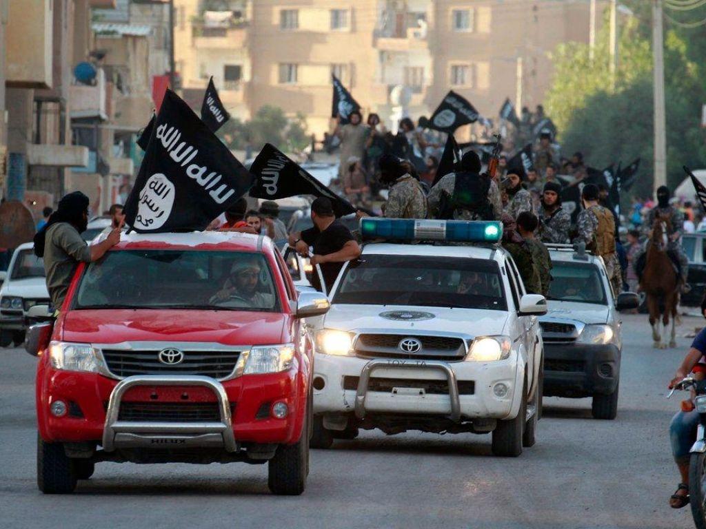 Eurojust in Gencode Network: »Borci IS bi morali biti obtoženi vojnih zločnov«