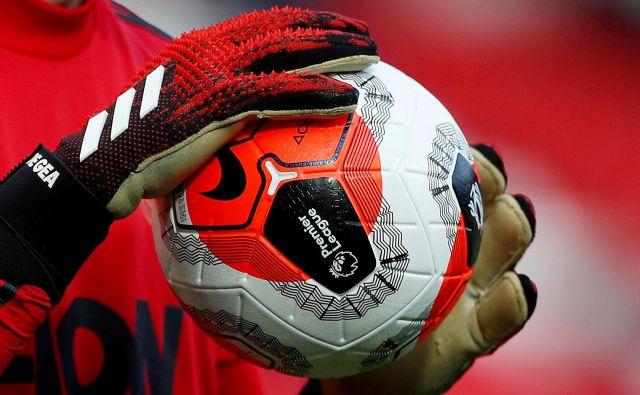 Med 12. in 19. junijem naj bi oživelo angleško nogometno prvenstvo, dotlej pa morajo nogometaši in strokovno osebje oopravljati teste na novi korovnavirus. FOTO: Reuters