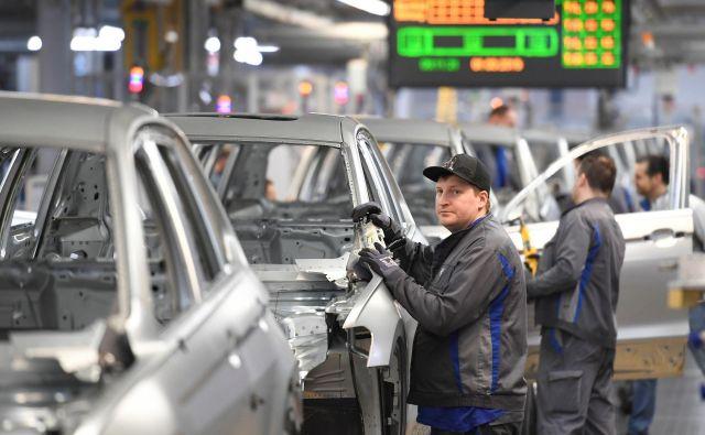 Po nekaterih ocenah bi ob upoštevanju včerajšnje odločitve lastniki spornih vozil samo v Nemčiji dobili več kot 5 milijard evrov odškodnin. Foto: Reuters