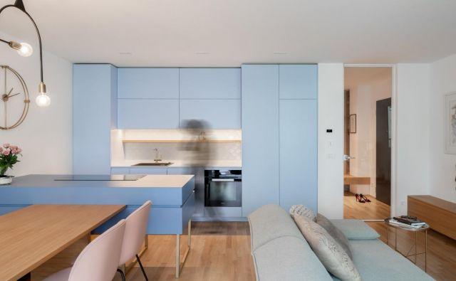 Zasnove interierja stanovanja so se lotili arhitekti Urša Kres, Tina Begović in Urban Pahor iz idea:list studia. Foto Blaž Gutman