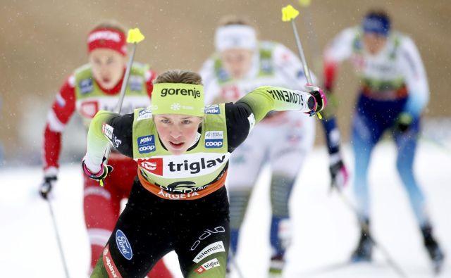 V zadnji zimi je zablestela Anamarija Lampič in ob predčasnem koncu, saj finala v Severni Ameriki ni bilo, zasedla 3. mesto v šprinterski razvrstitvi sezone. FOTO: Roman Šipić/Delo