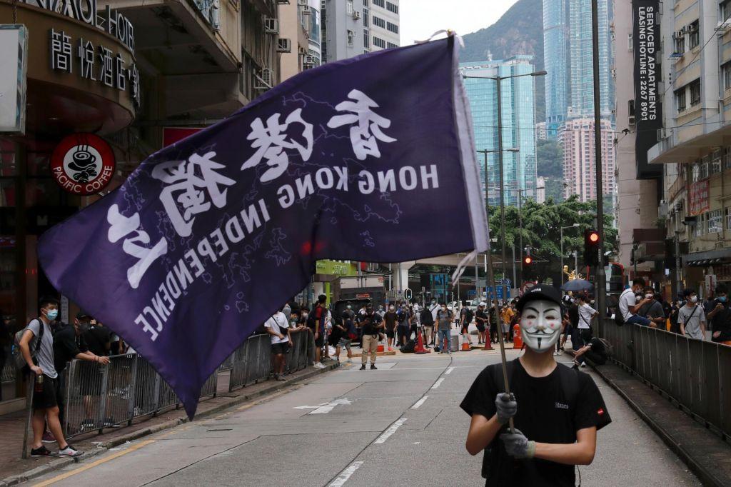 FOTO:Hongkong tik pred izgubo avtonomije