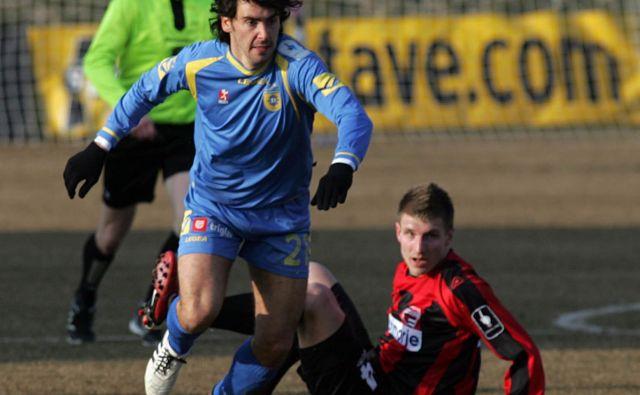 Lucas Mario Horvat (levo) je že eden od simbolov slovenske lige, v kateri je prvič zaigral leta 2005. Foto: Mavric Pivk/Delo