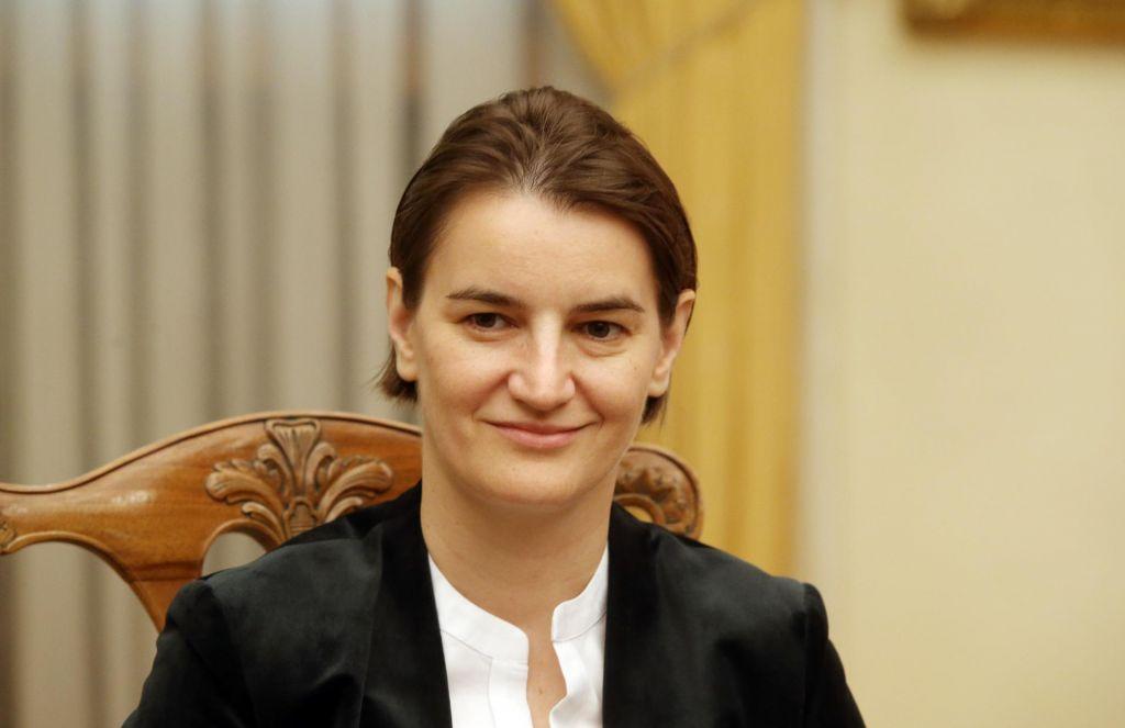 Ogorčena Srbija Črnogorcem ne bo zaprla meje, le mafijcem in klanom
