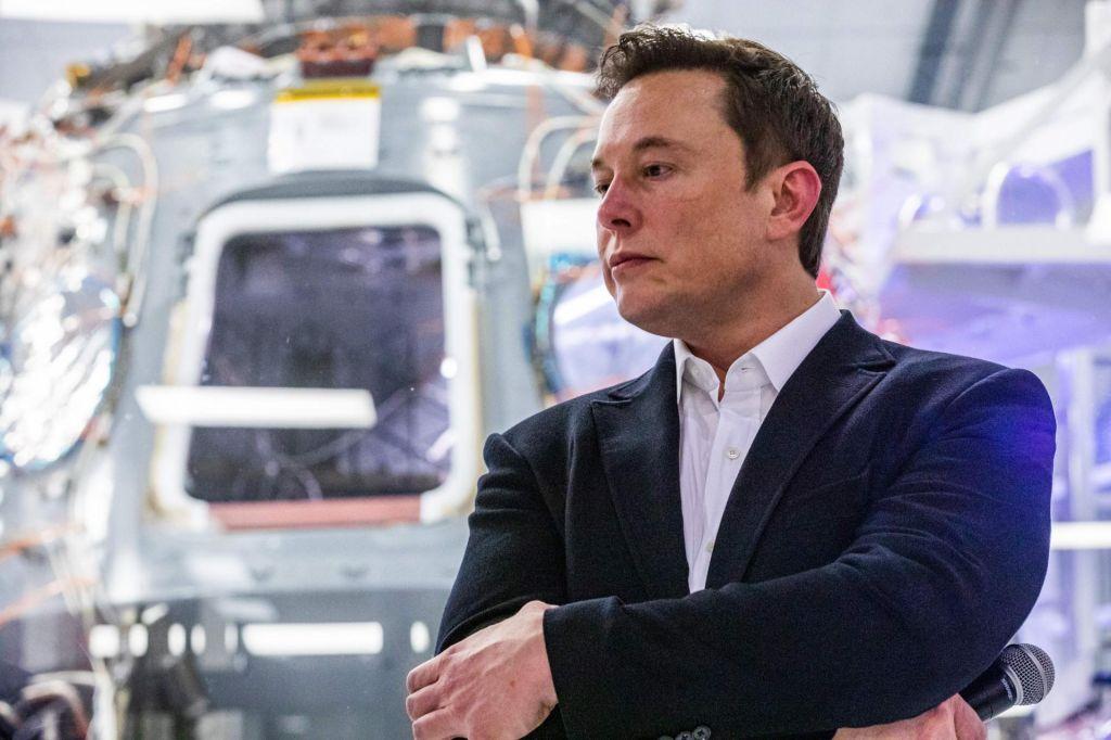 Dojenčku Elona Muska ne smejo dati imena X AE A-12. Lahko je le X AE A-XII.