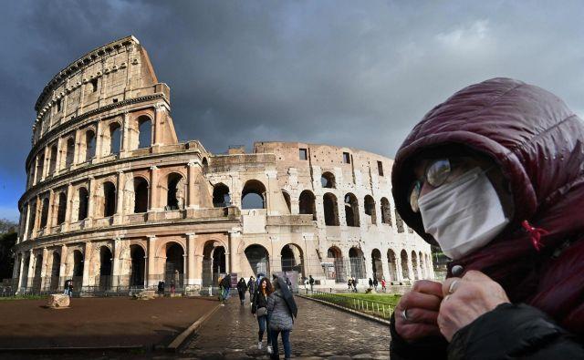 Italijani letos pričakujejo izgubo okoli 65 milijard evrov turističnega priliva. FOTO:Alberto Pizzoli/AFP