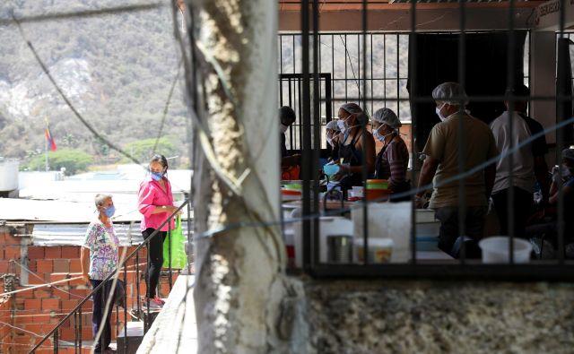 »Težko je opisati, v kako negotovih razmerah živimo,« so venezuelski Slovenci zapisali v pismu, ki smo ga pridobili na <em>Delu</em>. Fotografija je simbolična. Foto: Manaure Quintero/Reuters