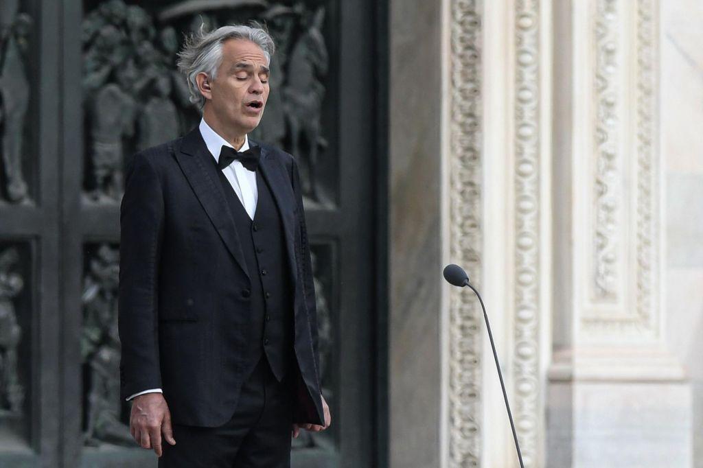 Andrea Bocelli razkril, da je premagal okužbo s koronavirusom