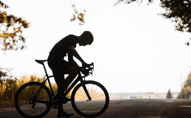 Tisti rekreativci, ki sicer pozorno opazujemo svojo uspešnost in učinkovitost med vadbo, ne glede na to ali gre za največje obremenitve, najhitrejši čas teka ali najboljši dosežek na kolesu, bomo takoj opazili, da smo slabši.FOTO: Shutterstock