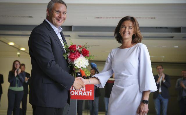 Fajonova je vodenje SD prevzela po današnjem odstopu Dejana Židana s čela stranke, ki jo je vodil šest let.FOTO: Jože Suhadolnik