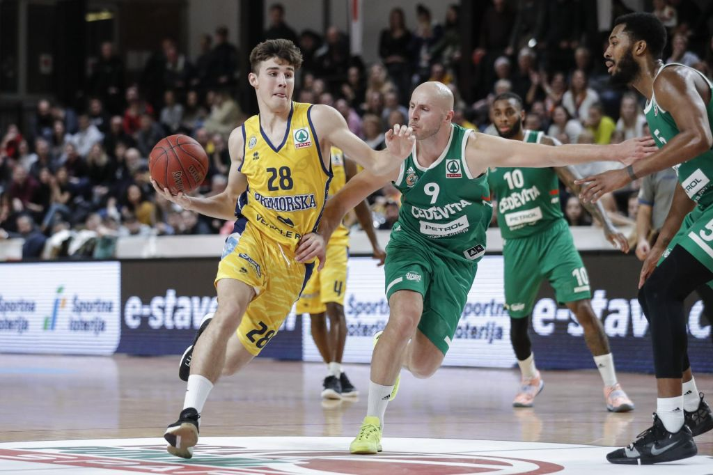 FOTO:Po odpovedi nadaljevanja v ligi ABA tudi odpoved za slovensko trojico
