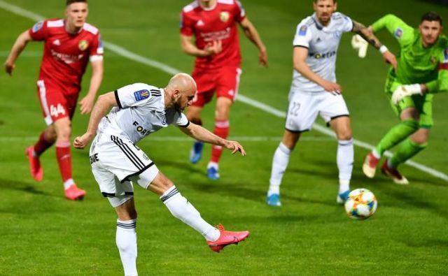 Legia je v torek v četrtfinalu poljskega pokala izločila drugoligaša Miedz iz Legnice. FOTO: sport onet