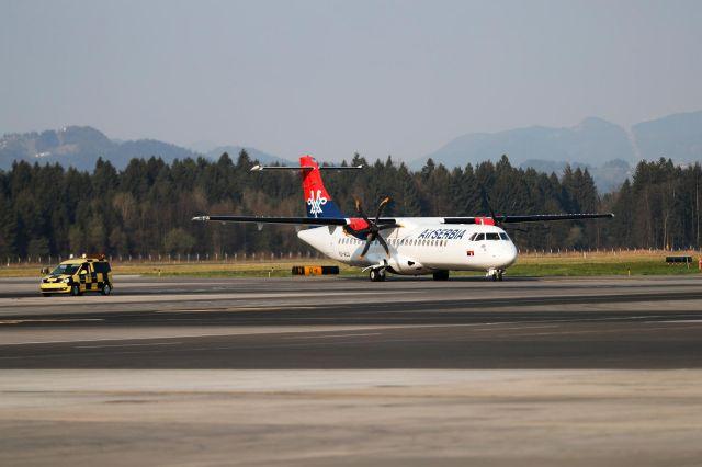 Na ljubljanskem letališču po mesecih zatišja spet redni potniški leti