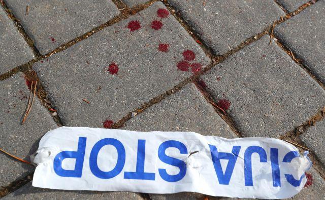 Vse okoliščine poškodbe še niso znane. Osumljenec nima orožne listine. FOTO: Dejan Javornik