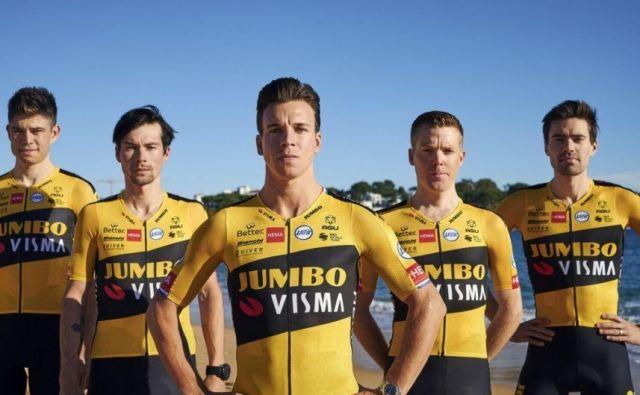 Primož Roglič (drugi z leve) se ne boji konkurence znotraj svoje ekipe. FOTO: Jumbo-visma