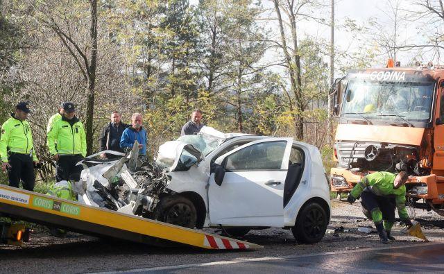 Od začetka leta do 20. maja se je po trenutno dostopnih podatkih na slovenskih cestah zaradi neprilagojene hitrosti zgodilo 931 prometnih nesreč.<br /> Foto Uroš Hočevar