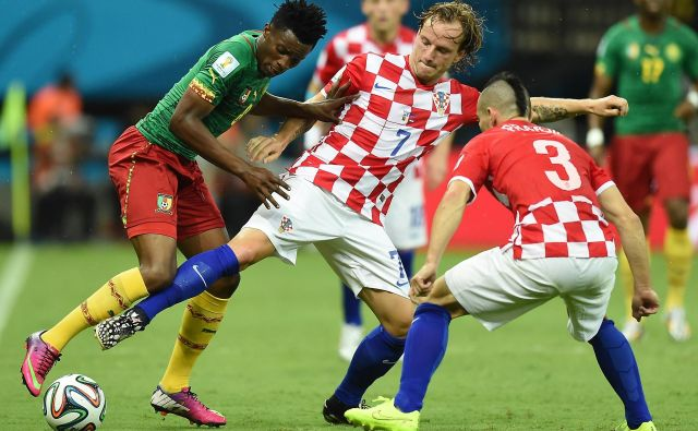 Že vrsto let je Ivan Rakitić med udarnimi asi hrvaške reprezentance. FOTO: AFP