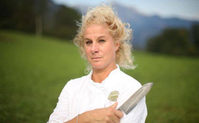 Ana Roš je prva dama slovenske kuhinje, leta 2017 tudi prva dama svetovne. Marca je izšla njena knjiga Sonce in dež (Sun and Rain) v angleščini, septembra bo tudi v slovenščini. FOTO: Jure Eržen