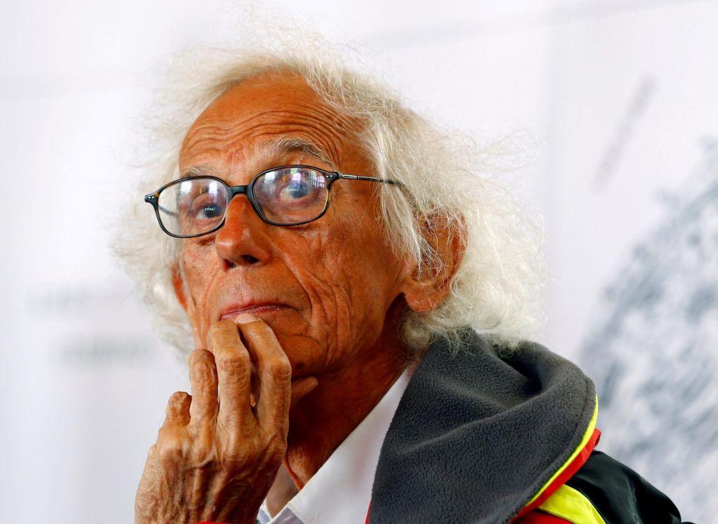FOTO:Umrl je Christo, starosta spektakularnih umetniških projektov
