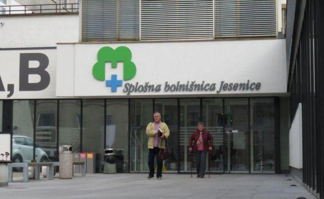 Uradno še ni znano, kdo od treh kandidatov bo prevzel vodenje jeseniške bolnišnice, po neuradnih informacijah pa je direktor izbran, čeprav odločitev menda ni bila lahka. Foto E. N.